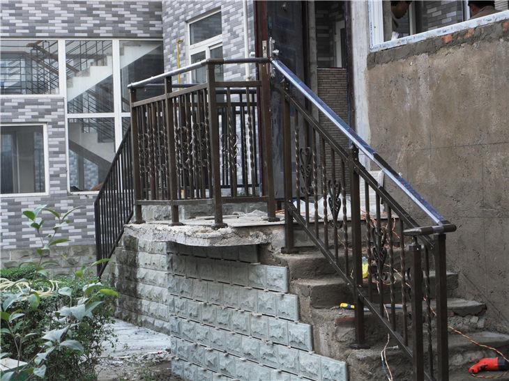 成都锌钢楼梯扶手价格