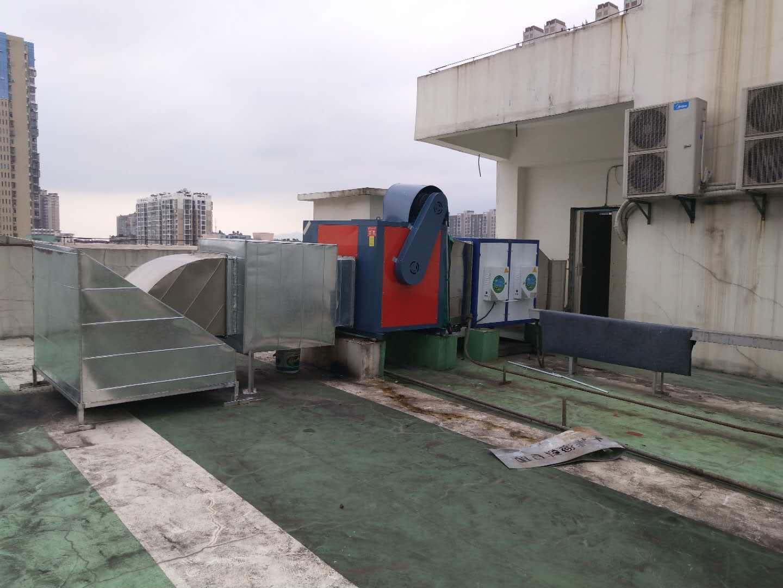 襄阳油烟净化设备安装案例