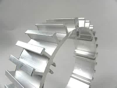 工业铝材加工