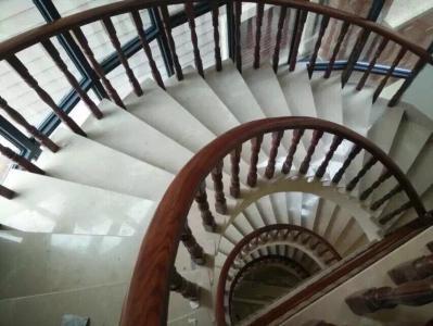 四川实木楼梯栏杆