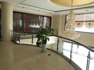 四川玻璃栏杆厂家
