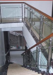 四川玻璃楼梯栏杆价格
