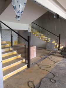 成都玻璃楼梯栏杆