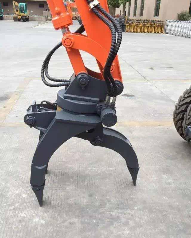 带快速连接器挖掘机