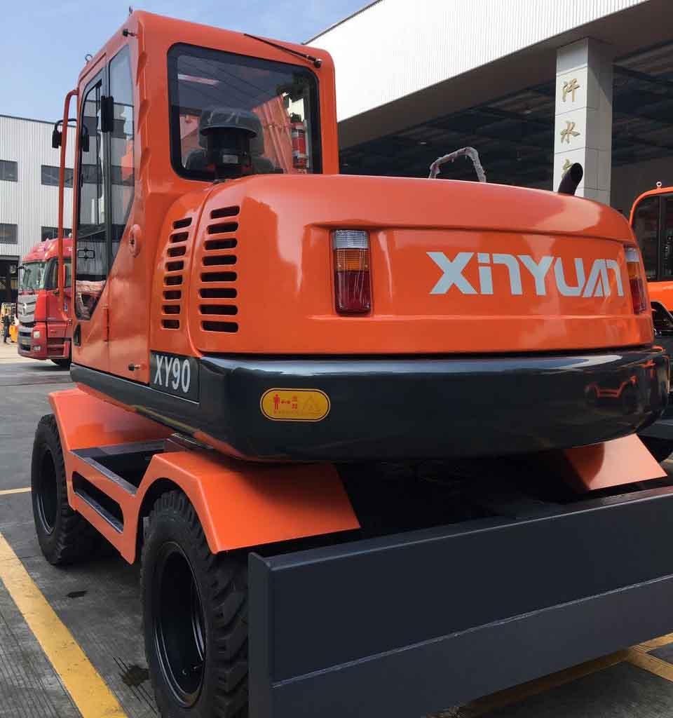 天津輪式挖掘機