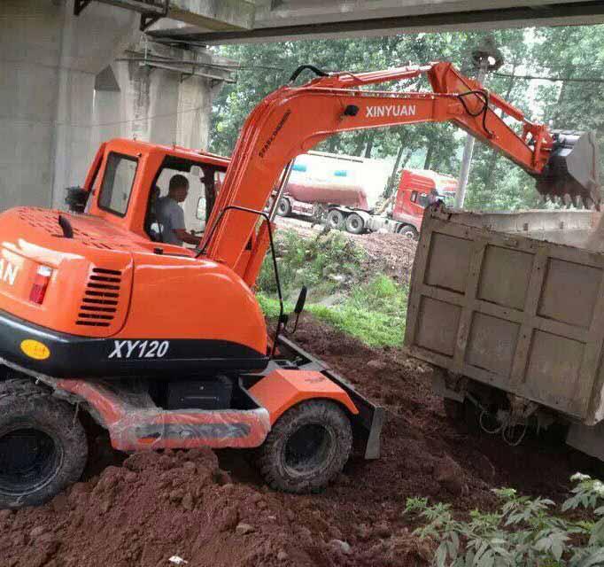 轮式挖掘机租赁