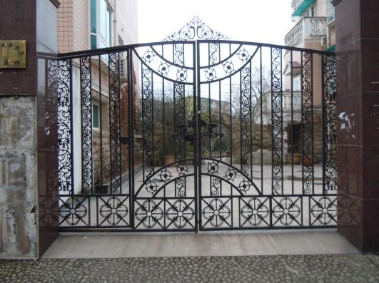 贵阳庭院铁艺大门
