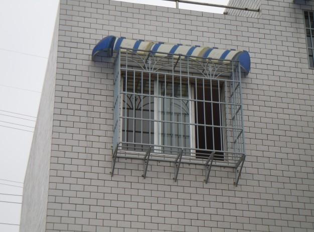 贵州浸塑防盗窗