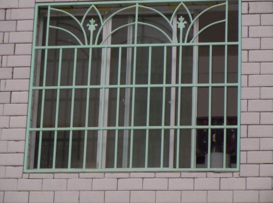 贵阳浸塑防盗窗