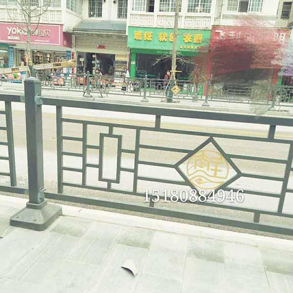 贵阳市政街道栏杆