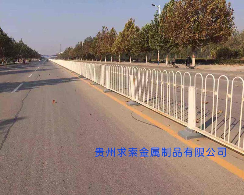 贵州道路交通隔离栏