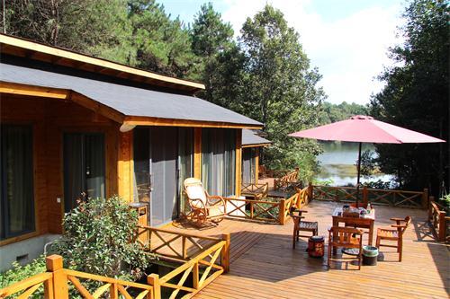 【新闻】总结仙桃木屋设计桁架和木梁的规定 关于湖北木屋屋面施工方法介绍
