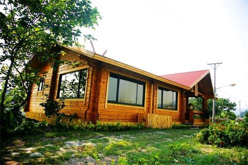 武汉木屋介绍仙桃木屋别墅质量影响因素 湖北防腐木木屋搭建如何稳固呢