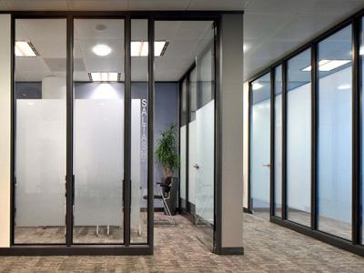 办公玻璃隔断安装