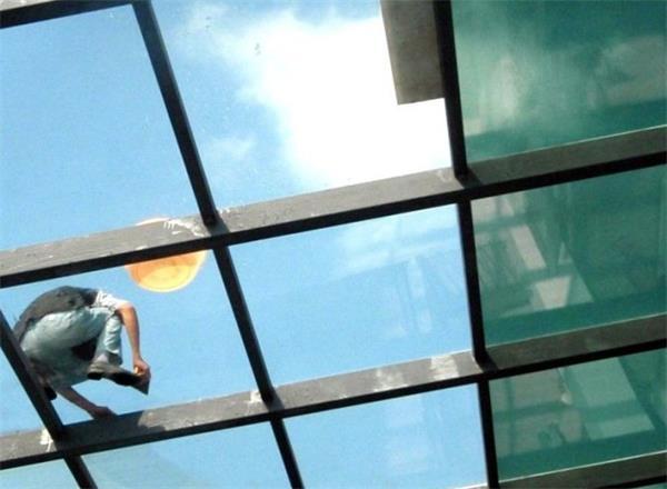 幕墙玻璃贴膜厂家