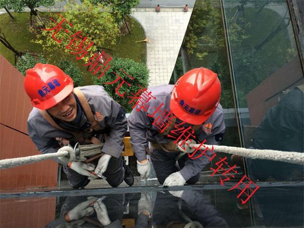 苏州玻璃幕墙维护