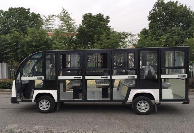 黑色景区观光车