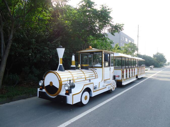 小型电动观光火车