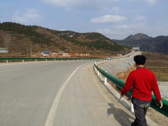 贵州二级公路护栏安装团队