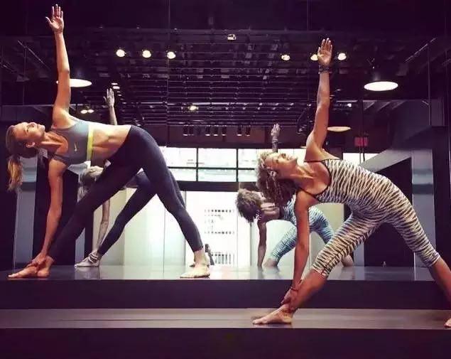 西安瑜伽培训选哪家公司好 瑜伽教练 哪里有