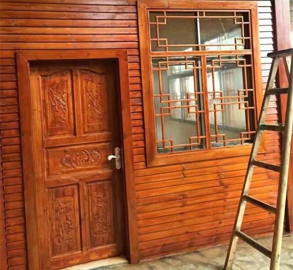 贵州防腐木门窗