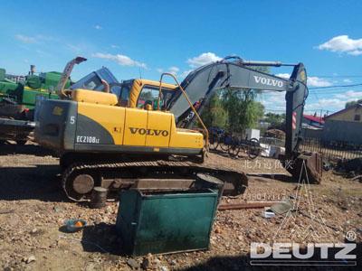 沃尔沃挖掘机现场大修