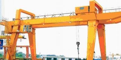 码头吊机操作