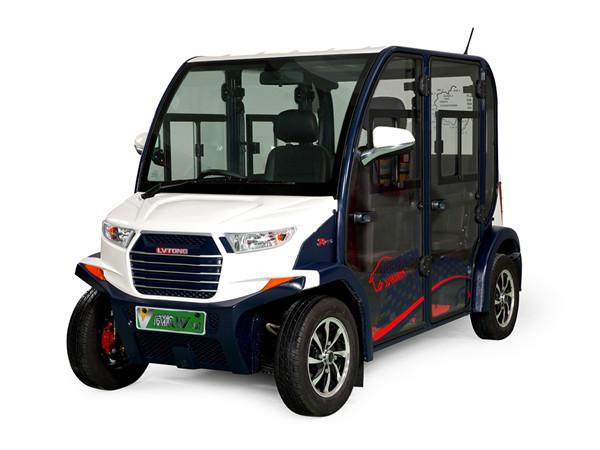 4座电动代步车