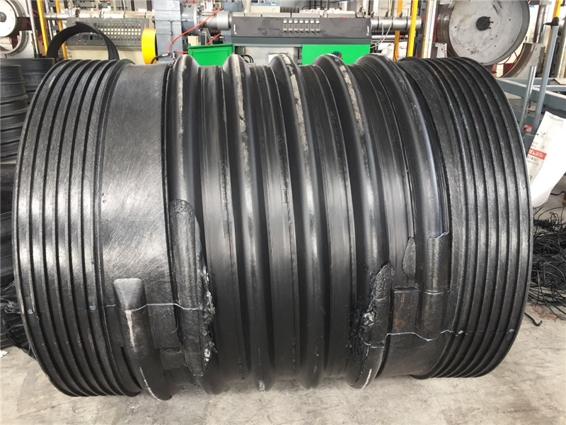 贵阳扩口钢带增强波纹管