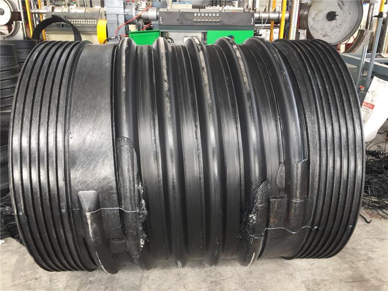 扩口钢带增强波纹管