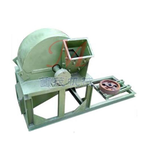 小型木材粉碎机