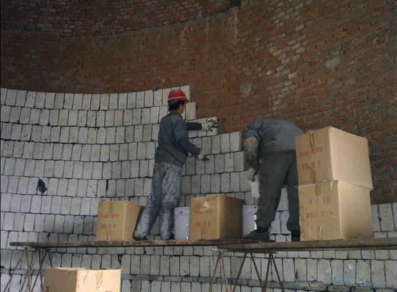 砖烟囱内壁脱硫防腐