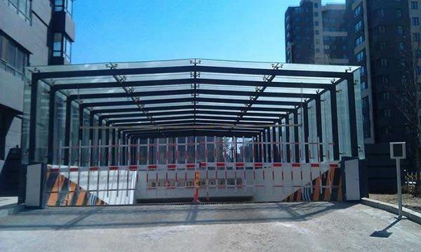 云南玻璃雨棚供应制造商,南阳亿家,南阳玻璃雨棚生产