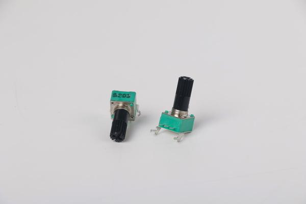 滑动电位器