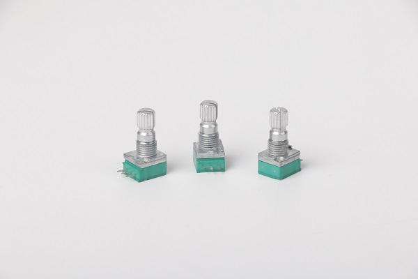 小型旋转电位器