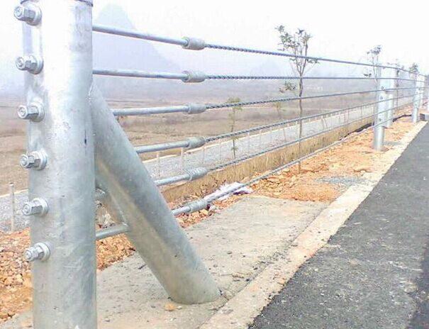 四川公路护栏