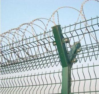 四川倒刺护栏