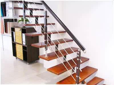 成都钢木楼梯价格