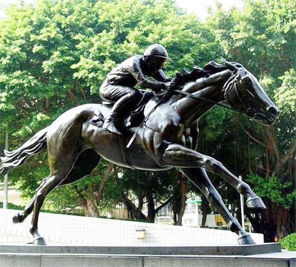 黔东南铸铜雕塑