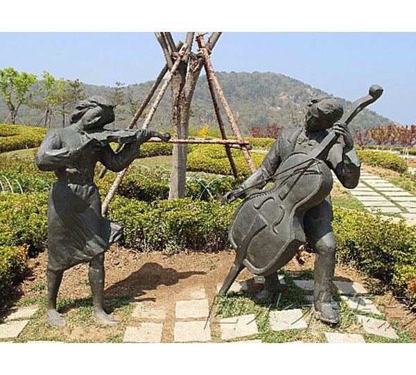 贵州人像雕塑