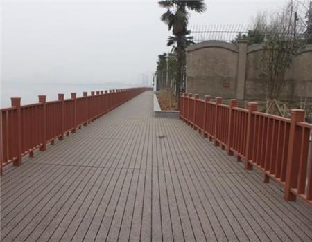 贵阳防腐木栏杆