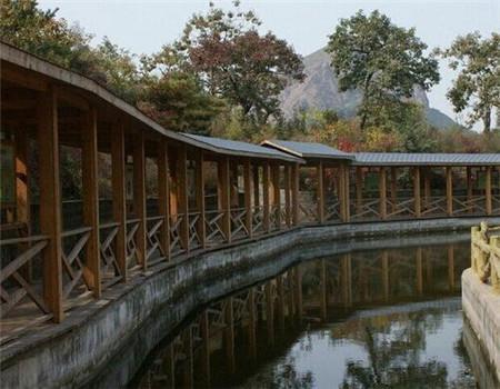 贵阳防腐木景观长廊