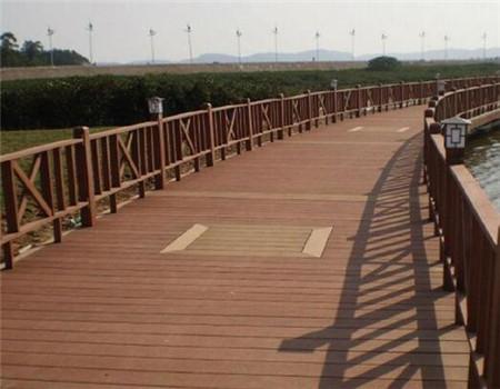 貴陽防腐木棧道