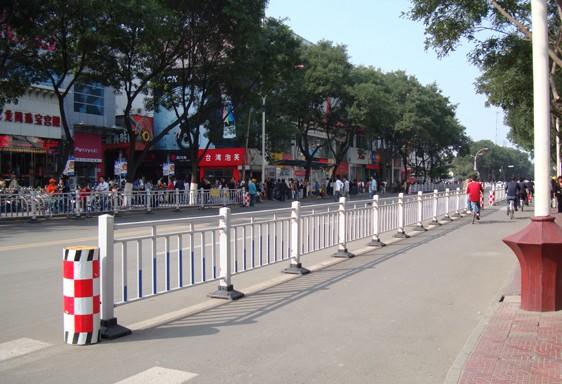 贵州市政钢护栏