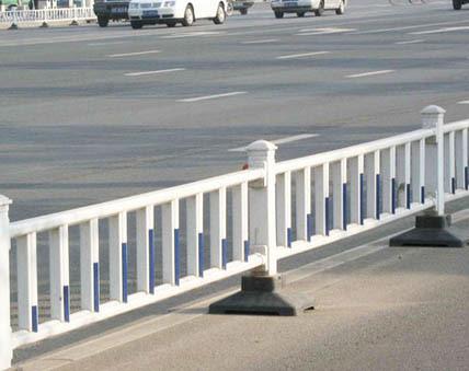 贵阳市政钢护栏
