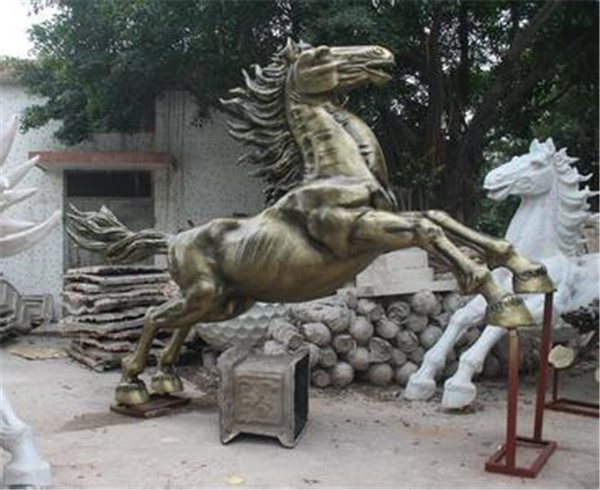 西藏锻铜雕塑制作厂家