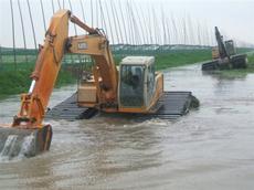 清淤水陆挖掘机