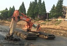 水陆两栖挖掘机租赁