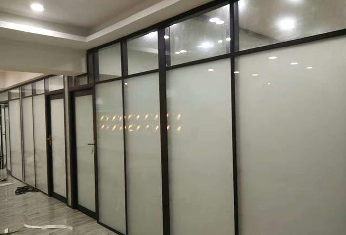 重庆玻璃隔断墙价格
