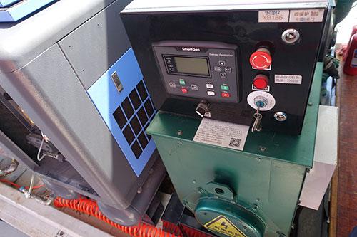 风力发电机换油